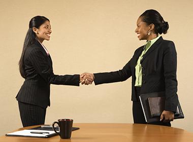 Os 10 mandamentos para se dar bem na entrevista de emprego